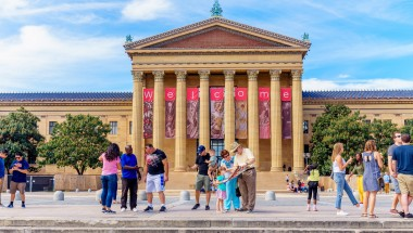 Philly PHLASH Downtown Loop | Independence Visitor Center on map of temple in philadelphia, map of bars in philadelphia, map of districts in philadelphia, map of colleges in philadelphia, map of towns in philadelphia, map of rivers in philadelphia, map of hospitals in philadelphia, map of airport in philadelphia, map of trains in philadelphia, map of cities in philadelphia, map of museums in philadelphia,